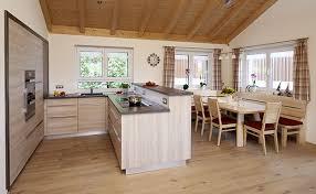 küche mit esstisch schreinerei guenther wohnen