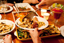 how to host the thanksgiving dinner lifestyle