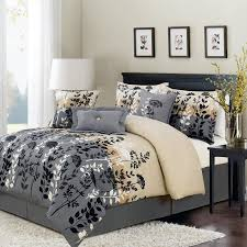 dark grey bedroom decorating ideas furry black rug flower