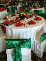 Quinceanera Table Centerpieces Best 25 Mexican Table Setting Ideas On Pinterest Mexican Party