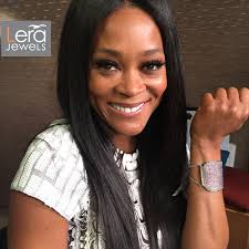 robin givens hair robin givens wearing lear jewels wearing pink sapphire cuff lera