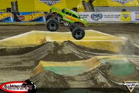monster truck show january 2015 monster jam photos orlando fs1 championship series 2016