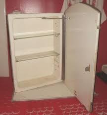 Glass Shelves For Medicine Cabinet 38 Best Tinagroo Art Deco Glass Images On Pinterest Art Deco