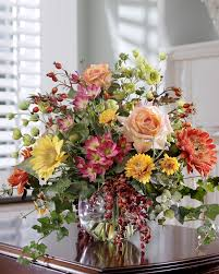 Fake Fruit Centerpieces by Stylish Decorating With Silk Flower Centerpieces At Petals