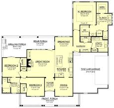 12 bedroom house plans cottage house plan with 3 bedrooms and 2