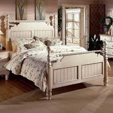 hillsdale wilshire wood poster bed 3 piece bedroom set in antique