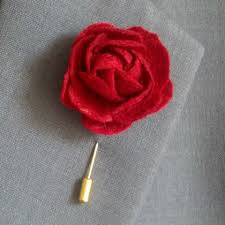 lapel flower history of the lapel flower boutonniere how to wear guide