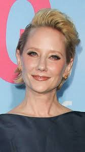 anne heche short hair hairstyles anne heche s spunky new short haircut sophisticated
