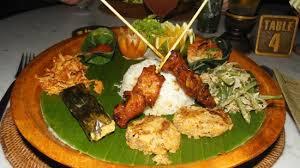 cuisine typique plat typique balinais picture of cafe wayan bakery ubud