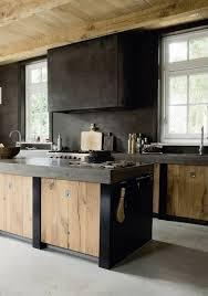construire une cuisine cuisine ete bois piscine a dacbordement dactac et vue construire sa