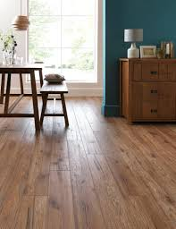 Different Colors Of Laminate Flooring 25 Best Ideas About Light Hardwood Floors On Pinterest Wood