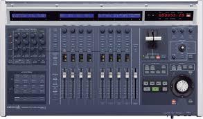19 Inch Audio Rack Roland V Studio 700 Digital Audio Workstation
