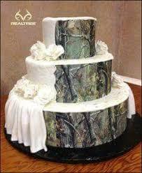 realtree camo ribbon camo and pink browning deer wedding cake the ribbon is edible on