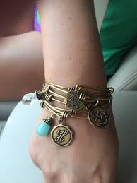 graduation jewelry gift the key to great graduation gifts the avenue murfreesboro
