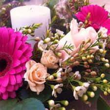wedding flowers kent wedding flowers kent 14 posy