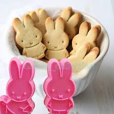 Aliexpress Com Buy 2pcs Lovely Rabbit Plunger Cookie Cake Mold