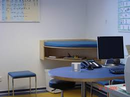 Schreibtisch Einrichtung Tack Tischlerei In Lippstadt Kinderarztpraxis Einrichtung
