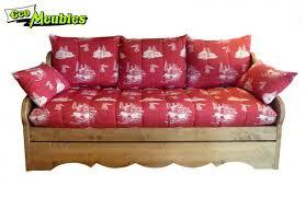 canapé style chalet eco meubles jean de sixt meuble style montagne