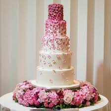how much do wedding cakes cost wedding cake size and price wedding cakes london with regard