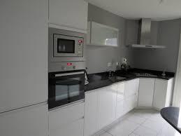 cuisine laquee cuisine laque blanche cuisine blanc laque la cuisine en photos