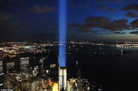 world trade center lights tribute in light shut off four times after birds get trapped