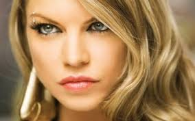 fergie earrings 14 fergie hd wallpapers background images wallpaper abyss