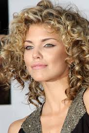 best 25 fine curly hairstyles ideas on pinterest short curly