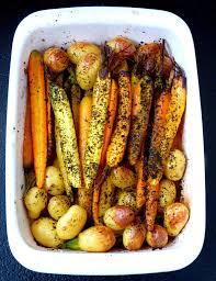 comment cuisiner les pommes de terre grenaille carottes à l ancienne et pommes de terre grenailles rôties au four