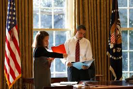 President Obama In The Oval Office File Barack Obama And Katie Johnson In The Oval Office January