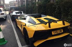 yellow bugatti bugatti chiron 23 august 2017 autogespot