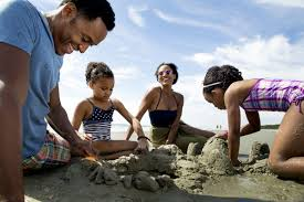 ways to save for and plan an affordable family vacation etinside