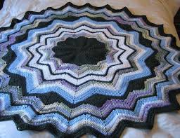 Free Crochet Patterns For Rugs Best 25 Ripple Crochet Patterns Ideas On Pinterest Ripple