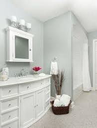 benjamin moore ocean air beach house paint color coastal
