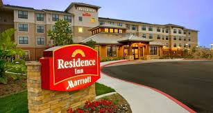 What Hotel Chains Have 2 Bedroom Suites Traveling With A Baby 5 Hotel Chains That Make It Easy