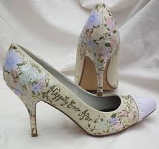 princess wedding shoes best 25 unique wedding shoes ideas on unique wedding