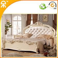 chambre à coucher bois massif chambre a coucher moderne en bois massif trendy chambre a coucher