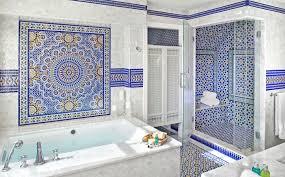 mediterrane badezimmer garnieren mediterrane badezimmer fliesen bunt mediterrane