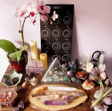 Spiritual Home Decor Spiritual Glamour How To Use Crystals And Stones In Your Home To