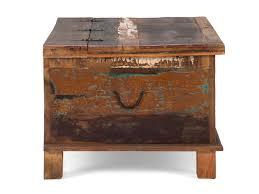 Wohnzimmertisch Kiste Couchtisch Truhe Avadi Couchtische Von Massivum