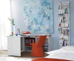 schreibtisch im schlafzimmer schreibtisch im schlafzimmer mobiler schreibtisch aus ikea regal