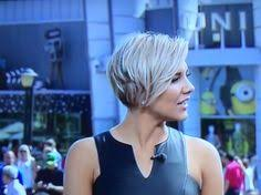 charissa thompson short hair images candis cayne appears on extra pelo corto cabello y peinados