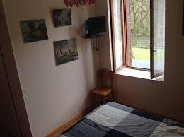 chambre 2 personnes chambres le beau site auvergne servant menat 63560