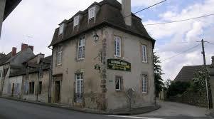 chambre d hote montmarault maison du procureur du roy hébergements locatifs montmarault