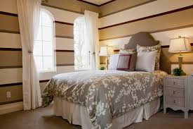 Wallpaper Design Ideas For Bedrooms Decorating Bedrooms With White Walls