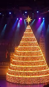singing christmas tree bellevue home design inspirations