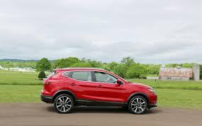 green nissan rogue quick drive 2017 nissan rogue sport carblog