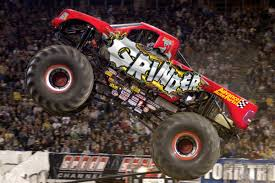 monster truck show roanoke va advance auto parts announces title sponsorship of monster jam