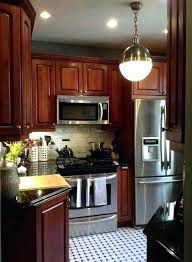 Cherry Wood Kitchen Cabinets With Black Granite Cherry Cabinet Kitchen Ideas Traditional Wood Cherry Kitchen