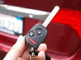 car thieves and criminals can steal your key fob remote codes