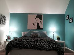 Bedroom Decorating Ideas Teal And Brown Dark Blue And Brown Bedroom Clothes Plus Makes What Color Black